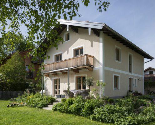 013 Fassadenanstrich Einfamilienhaus (1)