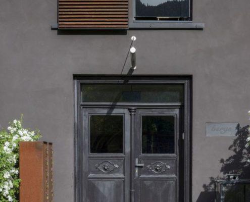 022 Fassade Haus Berge Aschau (5)