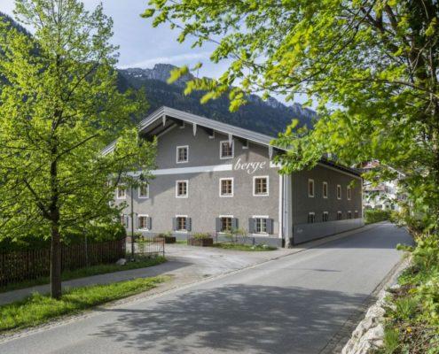 022 Fassade Haus Berge Aschau (9)