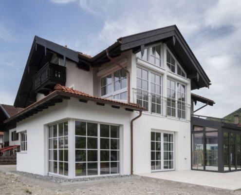 027 Fassade Einfamilienhaus (1)